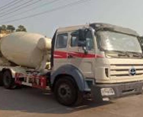 SGT5250GJBXC5混泥土搅拌运输车